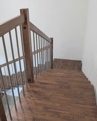 лестница в частном доме из металла
