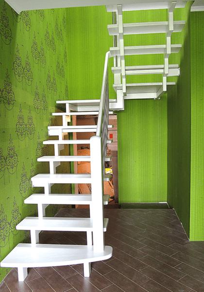 Открытая-конструкция лестницы